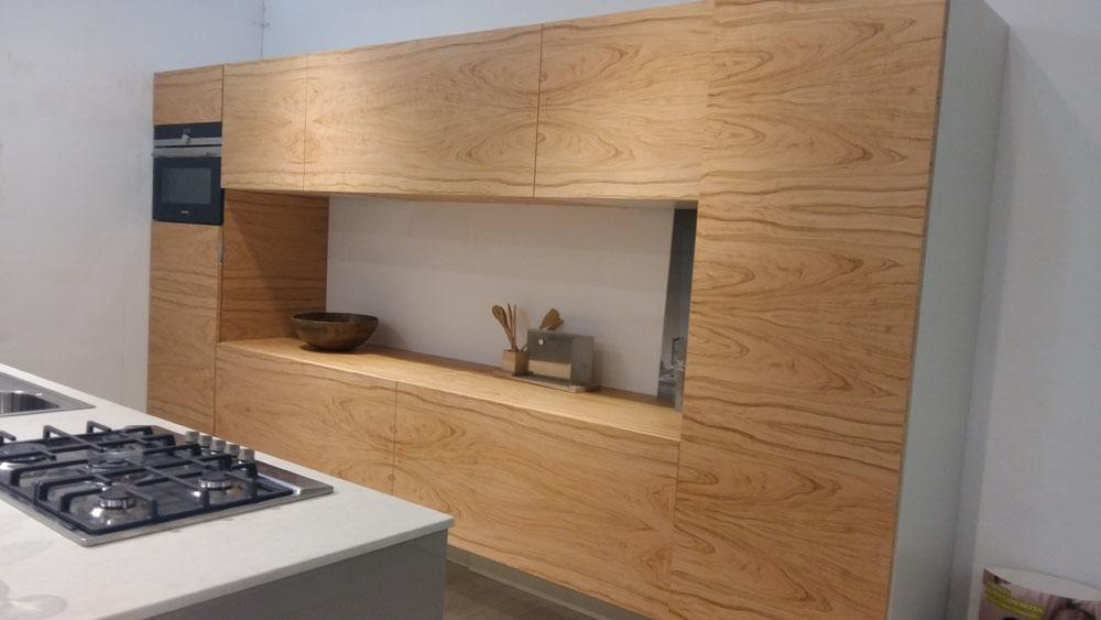 Cucine Con Isola Outlet: Cucine con isola arredamenti sala. Cucine isola homeimg.