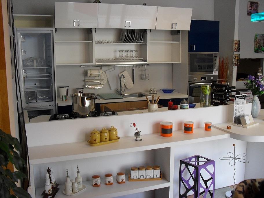 Cucine Componibili Usate Calabria ~ Idea Creativa Della Casa e Dell ...