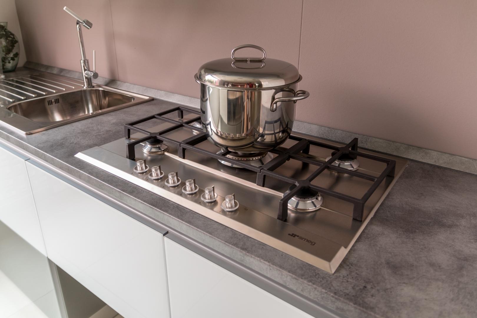 Cucine Scavolini Scontate : Cucina con isola scavolini modello tetrix scontata del