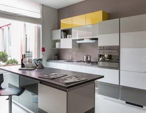 Cucina con isola scavolini modello Tetrix scontata del 55%
