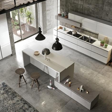 Cucina con isola nuova scontata di modello my for Modelli di cucine con isola