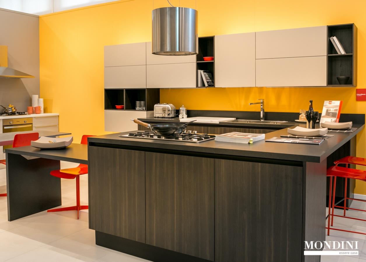 Cucina Con Isola Scavolini ~ Idee Creative su Design Per La Casa e ...