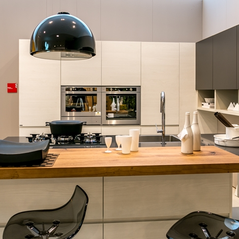 Cucine italiane moderne stunning cucine rustiche with - Cucine componibili italiane ...