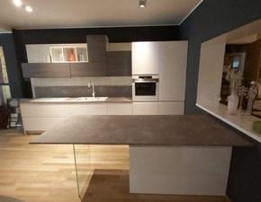 Cucina con penisola Arcobaleno/sole Arrex-2 con uno sconto vantaggioso