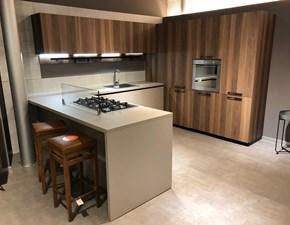 Cucina con penisola Arrital legno ecomalta scontata del 50%