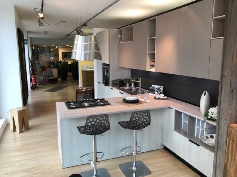 Foto cucine con penisola bk37 pineglen - Cucina con penisola ...