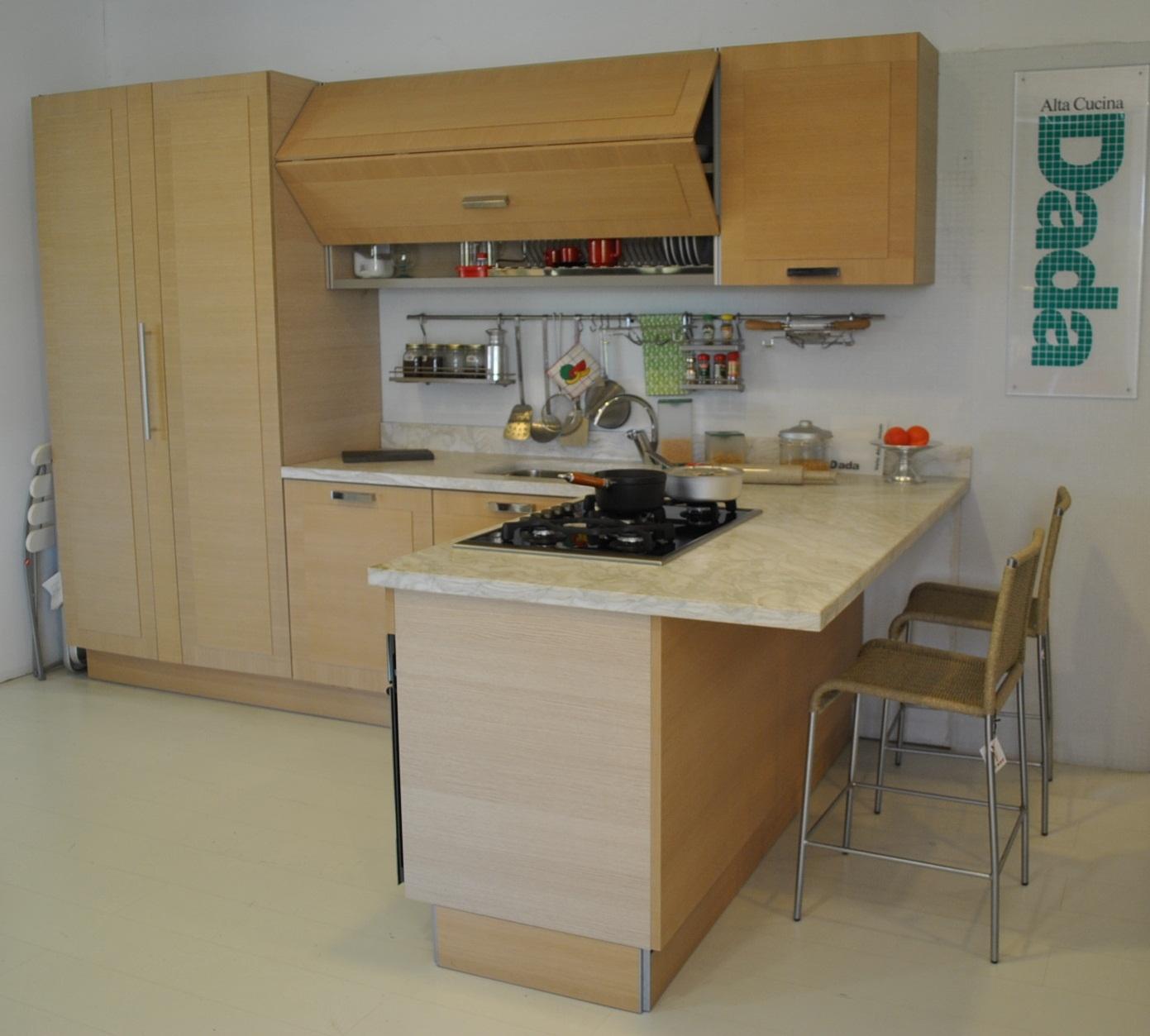 Cucine con penisola dada in rovere naturale scontata del 60 cucine a prezzi scontati - Cucine in rovere ...