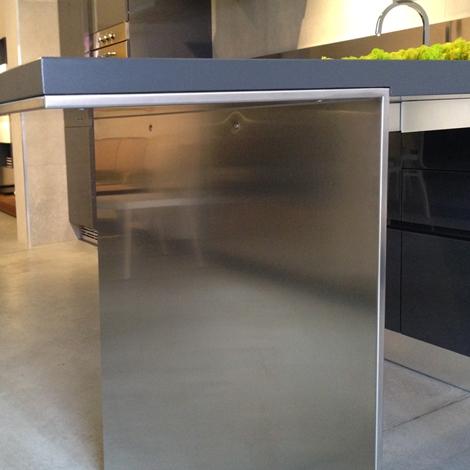cucina con penisola Ernestomeda modello Emetrica super scontata ...