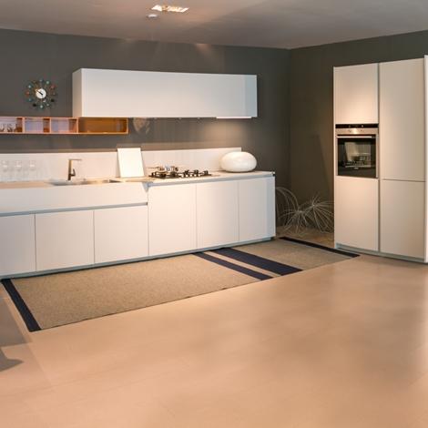 cucina con penisola ernestomeda modello one scontata del 40 ... - Prezzi Cucine Ernestomeda