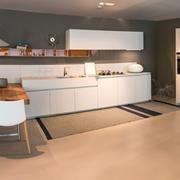cucina con penisola Ernestomeda modello One scontata del 40%