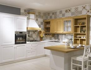 Cucina con penisola in legno rovere chiaro Pavese a prezzo ribassato