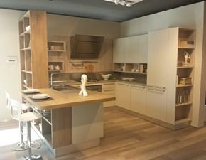Cucina con penisola moderna Ethica Veneta cucine a prezzo ribassato