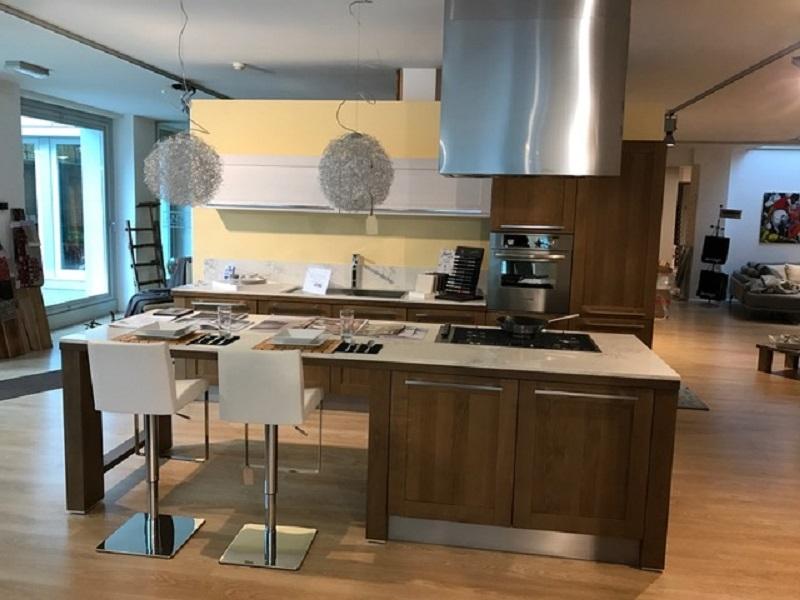 cucina con isola oldline a prezzo scontato cucine a