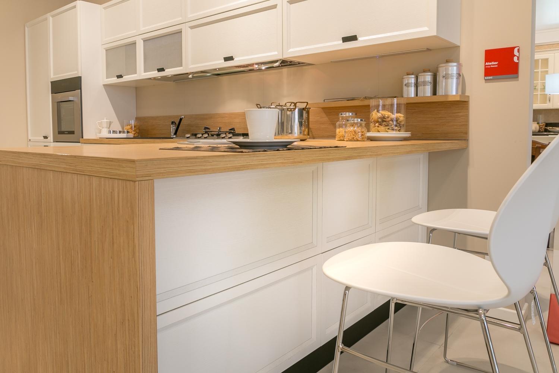 Cucine Scavolini Mantova : Cucina con penisola scavolini modello atelier scontata del