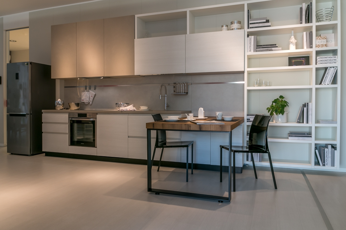 Cucina con penisola Scavolini modello Motus scontata del 25% - Cucine a prezz...