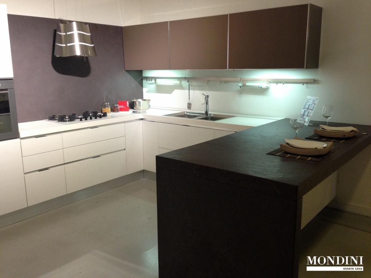 Cucine ad angolo con penisola cucine moderne in legno a modena with cucine ad angolo con - Cucine a penisola ...