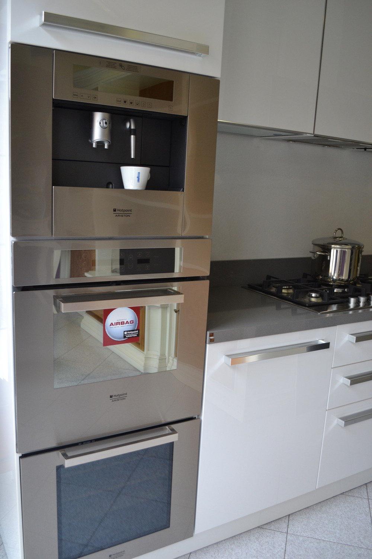Cucina copat bianca lucida cucine a prezzi scontati - Cucina bianca lucida ...