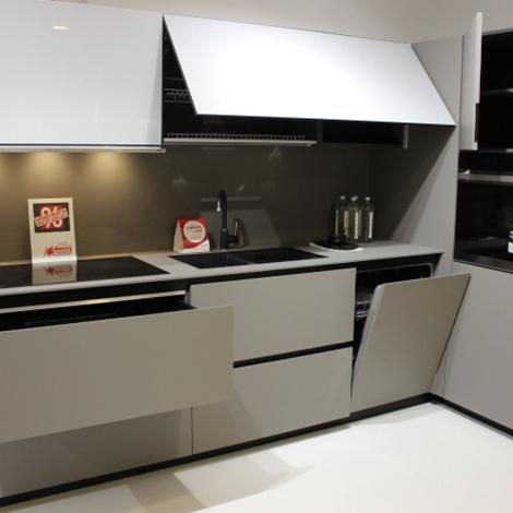 Copat life cucina in fenix e vetro laccato cucine a for Programma per comporre cucine