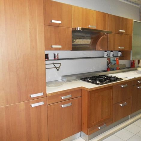 Cucina in ciliegio scontata for Cucina moderna in ciliegio