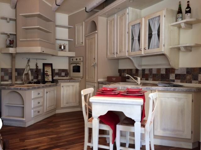 Cucine In Muratura Economiche. Cucine Classiche Vera With Cucine In ...