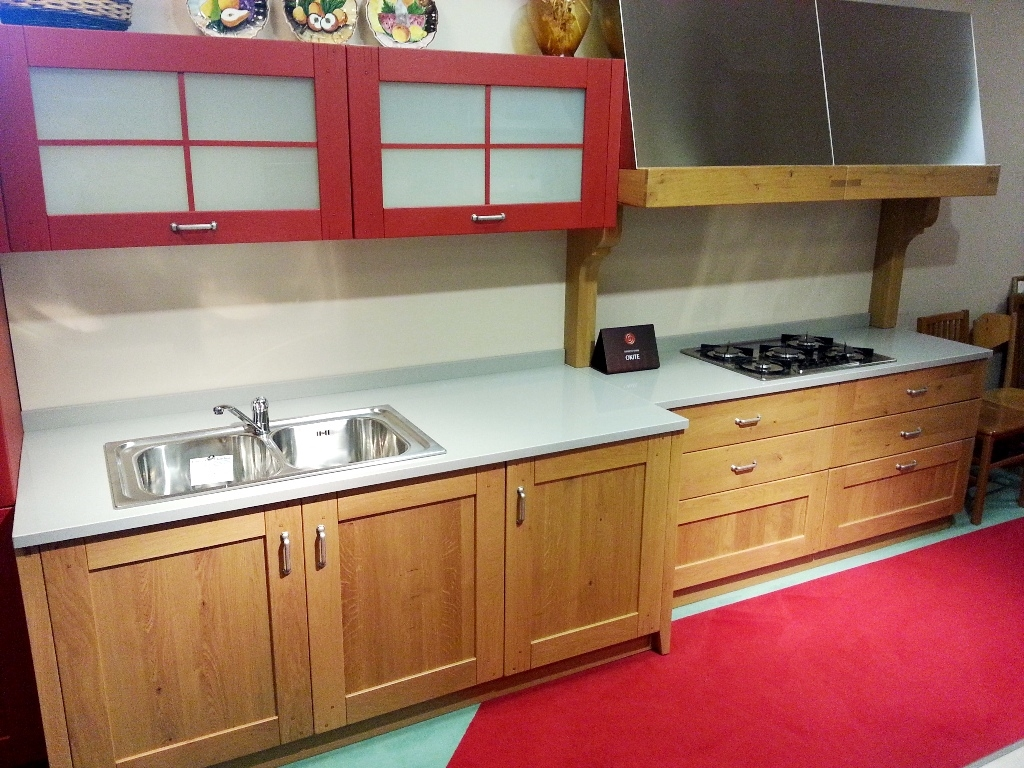 Cucina country mod.Clessidra rovere naturale e rosso