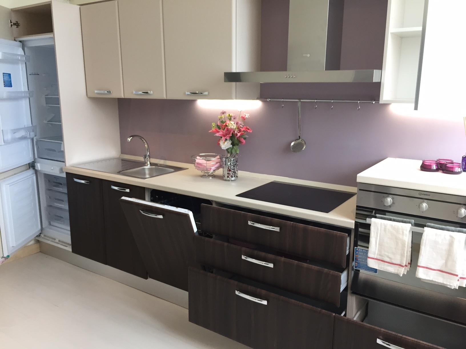 Cucina creo kitchens britt olmo cotto moderna for Cucina moderna prezzi