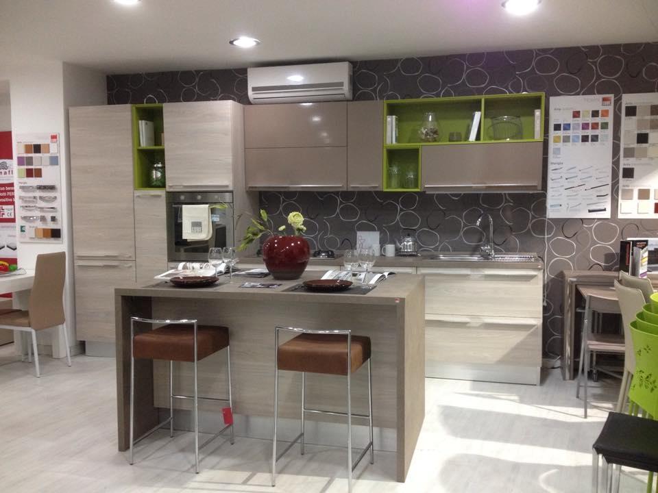 Cucine Con Isola Lube ~ Idea Creativa Della Casa e Dell\'interior Design