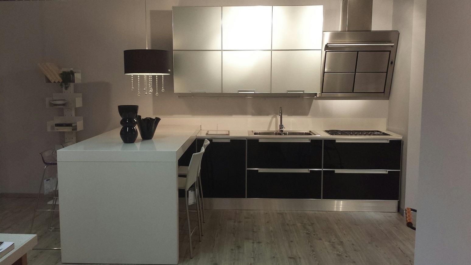 Cucina scavolini cucina crystal in vetro scavolini scontato del 47 cucine a prezzi scontati - Cucina crystal scavolini ...