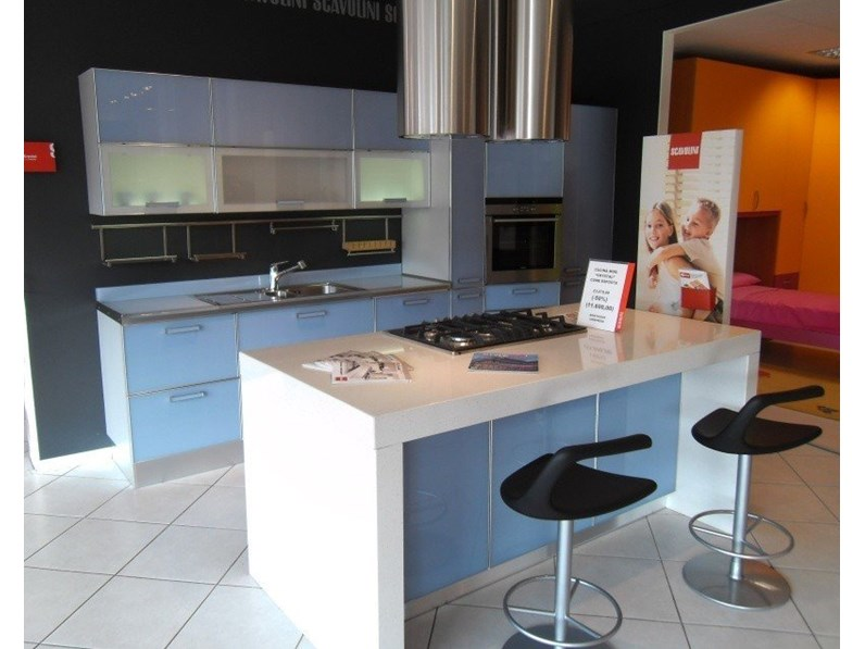 Cucina Scavolini Crystal Moderna Vetro azzurro - Cucine a prezzi ...