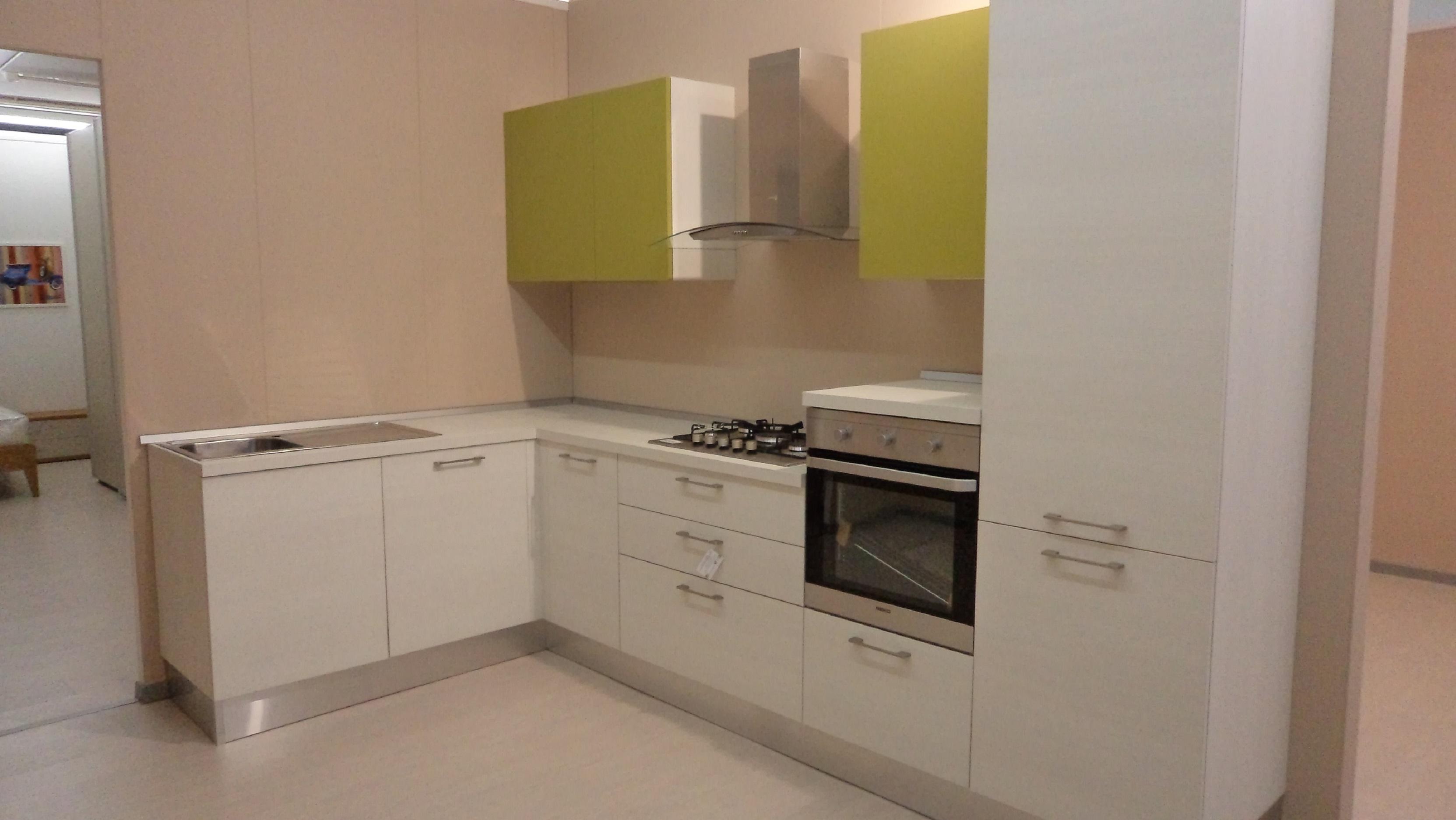 Cucina Angolare ~ Tutto su ispirazione design casa