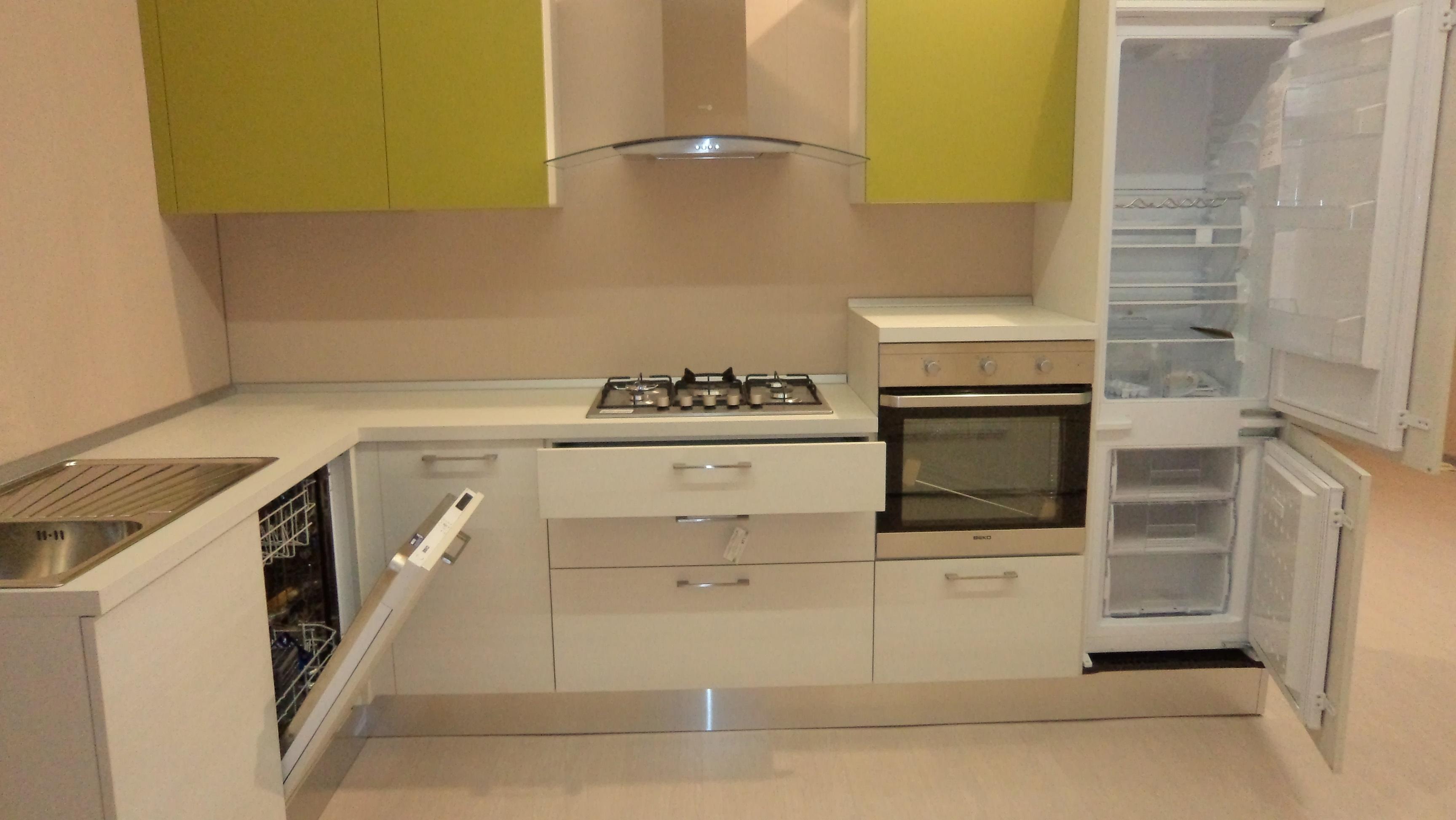 Cucina Angolare ARREDO3 Mod. Luna Scontata Del  50 % Cucine A Prezzi  #9C852F 3456 1946 Panca Angolare Per Cucina