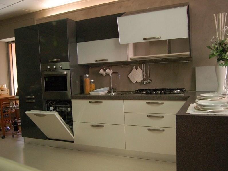 Cucine aperte, un\'occasione per vedere da vicino dove vengono ...