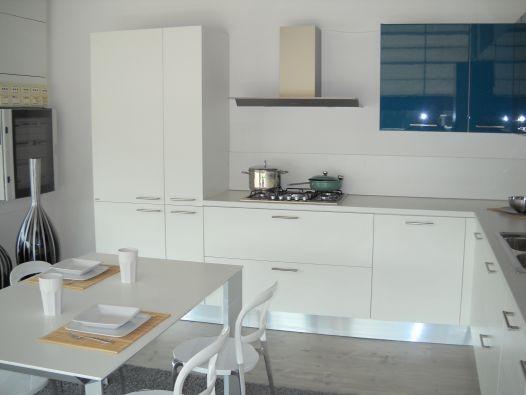 Cucina da vetrina mood scavolini cucine a prezzi scontati - Tavolo tai scavolini ...