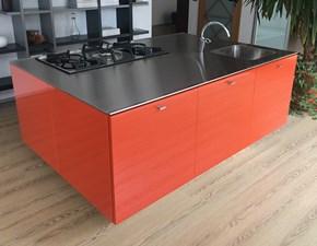 Cucina Dada moderna ad isola arancio in laccato lucido Nuvola