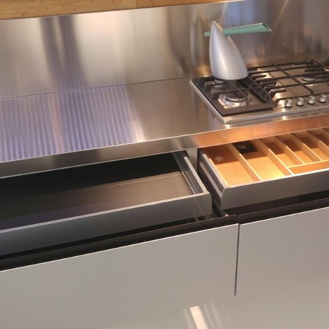 Elegant cucina lineare cucina lineare laccata lucida with - Cucine valcucine opinioni ...