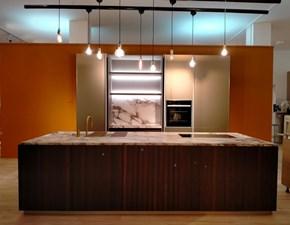 Cucina design ad isola Binova Mod scava + lab a prezzo ribassato