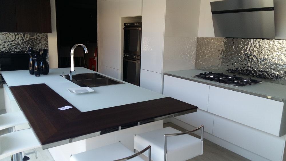Cucina design aster cucine scontata del 59 cucine a for Pattumiera cucina design
