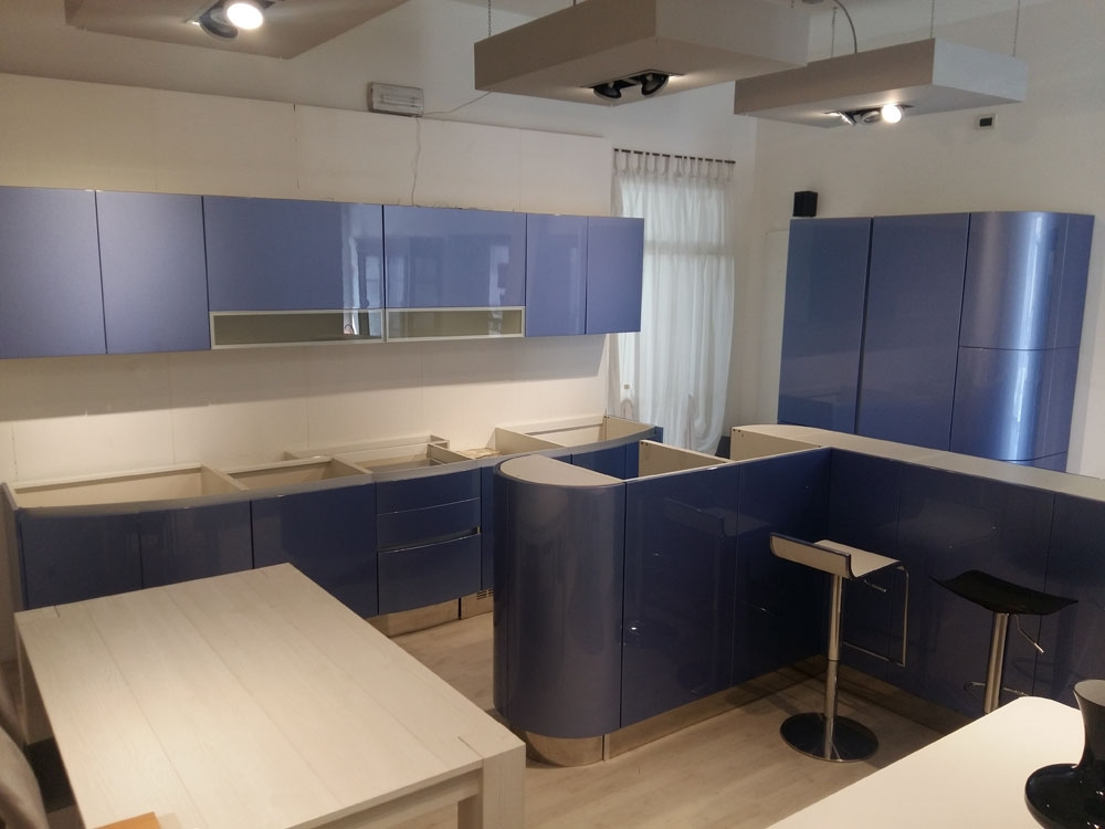 Cucina design tonda aster cucine tonda del 78 cucine a for Cucine design