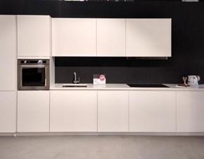 Cucina design bianca Aran cucine lineare Rastelli r1 scontata