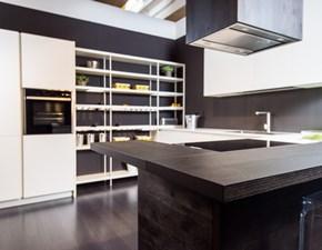 Cucina design bianca Artigianale con penisola Grafica in offerta