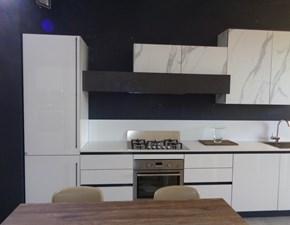 Cucina design bianca Stosa cucine lineare Alevè in Offerta Outlet