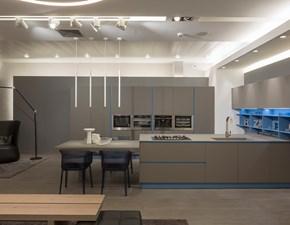 Cucina design grigio Arrital cucine con penisola Ak06 in Offerta Outlet