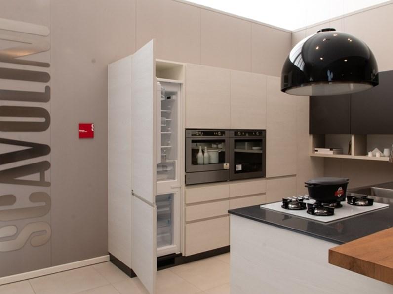 Cucina design motus scavolini outlet for Cucine di design outlet