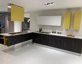 Cucina design rovere moro Euromobil con penisola Filo lain  scontata