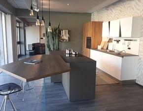 Cucina Diagonal / infinity  design bianca ad isola Stosa cucine