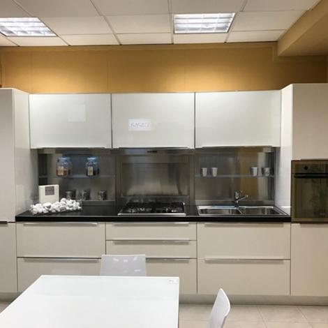 Cucina Dibiesse Laccata Lucida Cucine A Prezzi Scontati