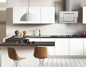 Cucina Dibiesse moderna con penisola bianca in laminato materico  tecno