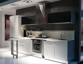 Cucina Dibiesse moderna lineare bianca in laminato lucido Klass