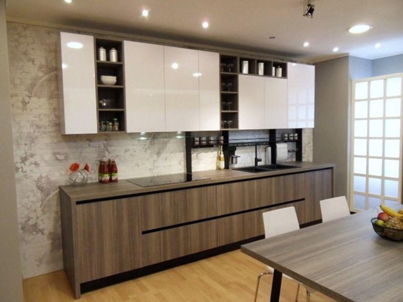 Cucina dibiesse moderna lineare bianca in laminato materico spring play time - Dibiesse cucine prezzi ...