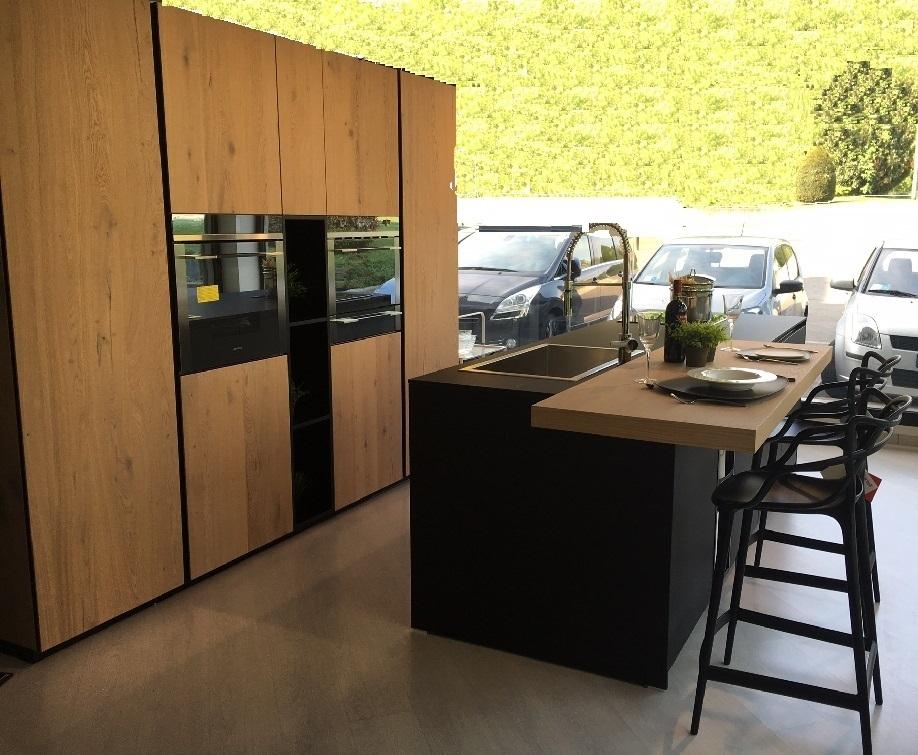 Cucina Doimo Cucine Aspen legno scontato del 42 % - Cucine a ...